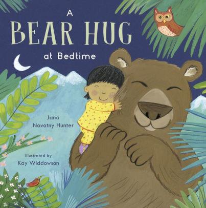 A Bear Hug at Bedtime book